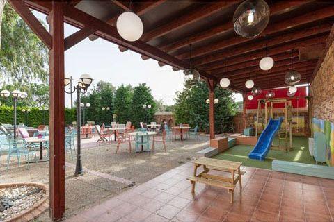 Σουρέδικο, sourediko, καφετέρια, outdoor space, εξωτερικός χώρος